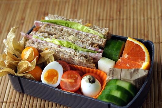Ein Brot-Bento für die Reise